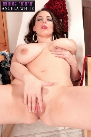Angela White - Solo Big Tits photos thumb