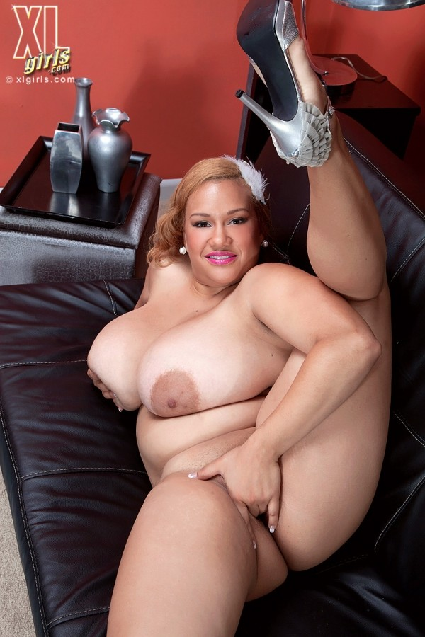 Liza Biggs - Solo BBW photos