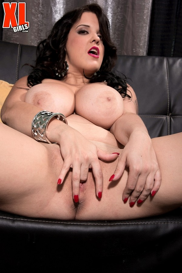 Trinity Michaels - Solo BBW photos