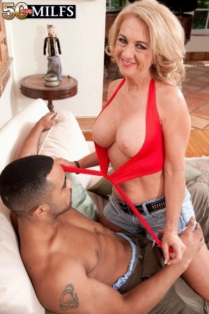 Cali Houston - Solo MILF photos