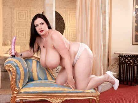 Anna Beck - Solo BBW video
