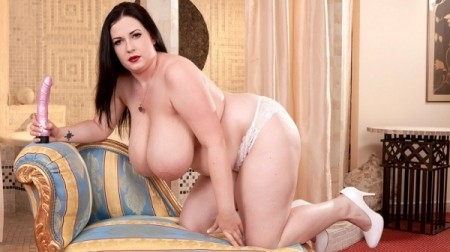Anna Beck - Solo Big Tits video