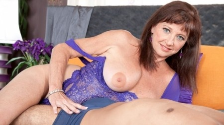 Ciara - XXX MILF video