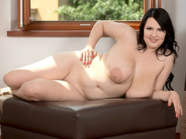 Barbara Angel - Solo Big Tits video