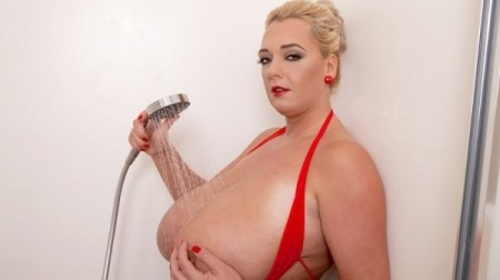 Emilia Boshe - Solo Big Tits video