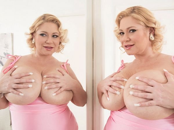 Samantha 38G Seeing Double
