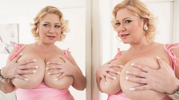 Samantha Seeing Double