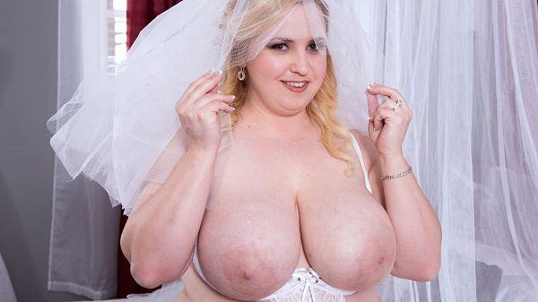 Nikky Wilder Horny Matrimony