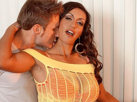 Persia Monir - XXX Big Tits video