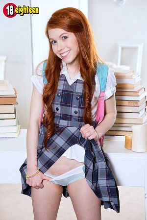 Dolly Little - Solo Teen photos
