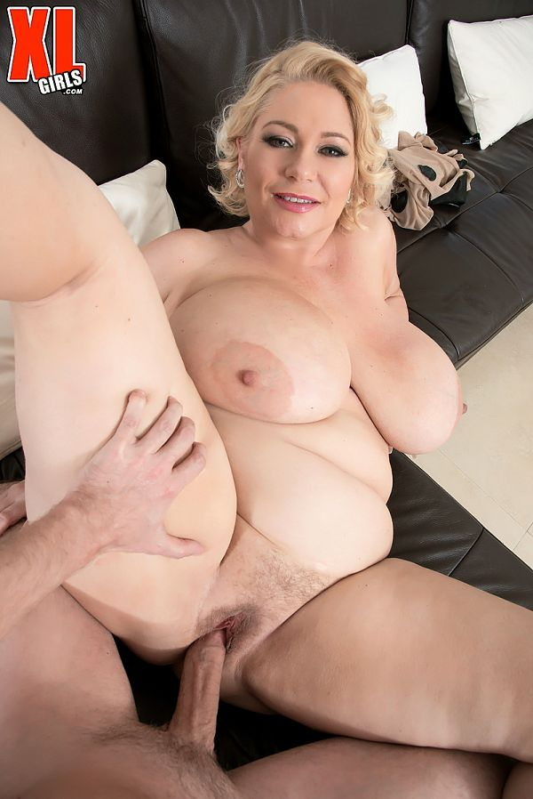 Samantha 38G - XXX BBW photos