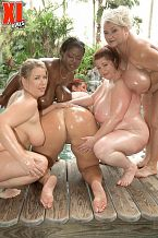 Lovely Libra - Girl Girl BBW photos