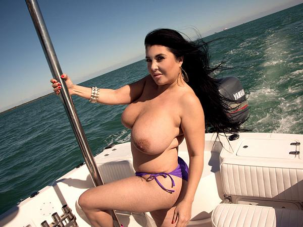 Daylene Rio - Solo Big Tits video