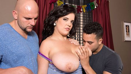 Trinity Michaels - XXX Big Tits video