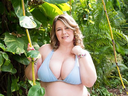 CJ Woods - Solo BBW video