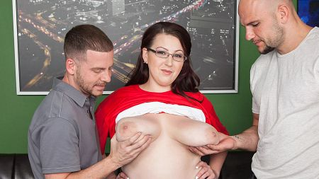 Kamille Amora - XXX Big Tits video