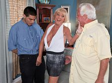 Scarlet and the happy cuckold. Scarlet and the happy cuckold