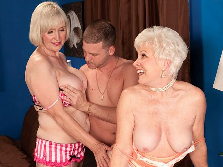 Tony Rubino - XXX MILF video