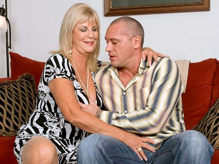 Anneke Nordstrum - XXX MILF video