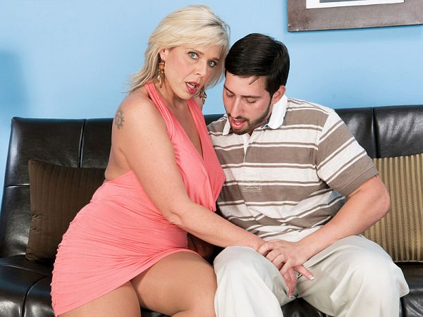 The cock-gargling, ass-fucked wife
