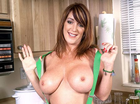 Rachel Steele - Solo MILF video