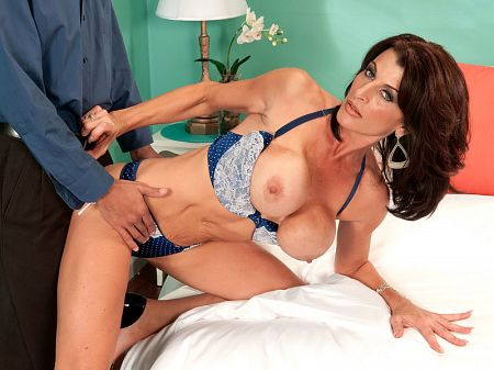Blake James - XXX MILF video