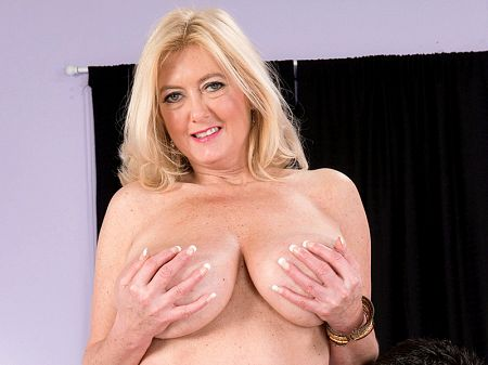 Juan Largo - XXX Big Tits video