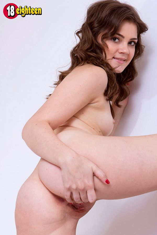 Mary - Solo Teen photos