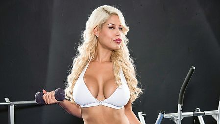 Bridgette B - Solo Big Tits video