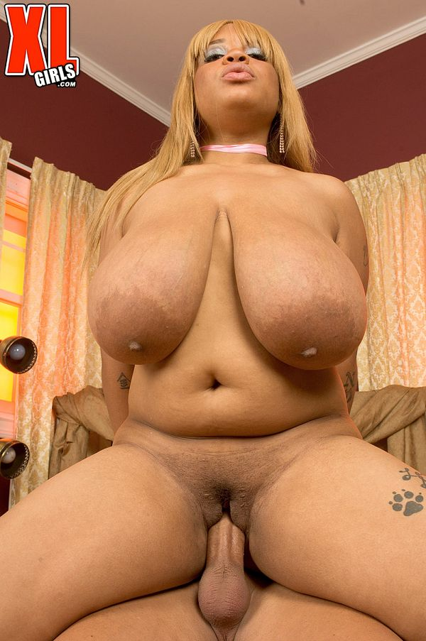 Lady Snow - XXX BBW photos
