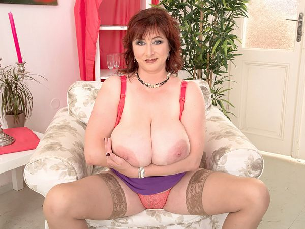 Ivana Gita - Solo Big Tits video