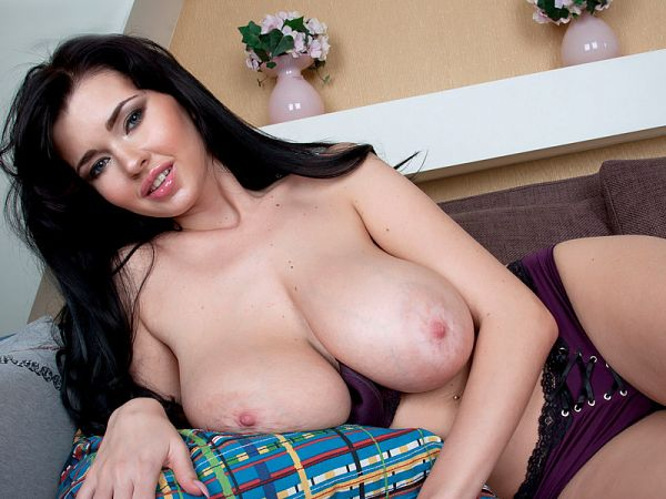 Sha Rizel - Solo Big Tits video