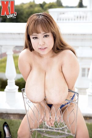 P-Chan - Solo BBW photos