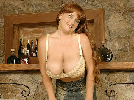 Brandy Dean - Solo Big Tits video