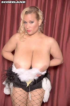 Liza Biggs - Solo Big Tits photos