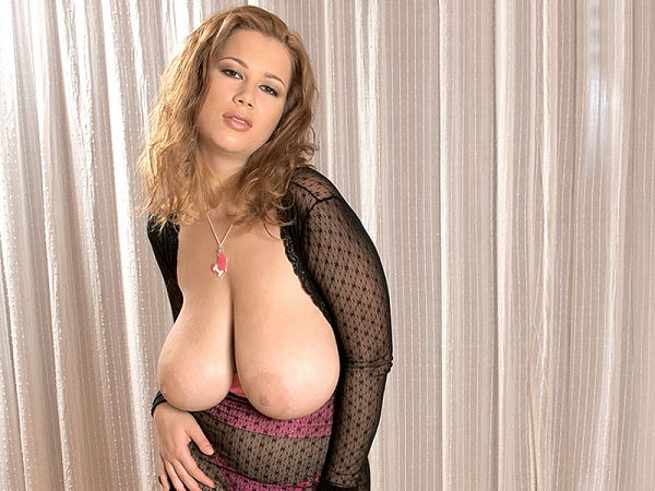 Terry Nova - XXX Big Tits video