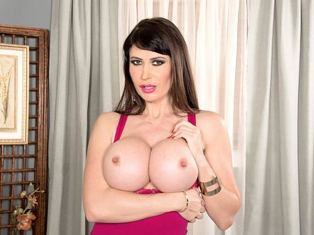 Eva Karera - Solo Big Tits video