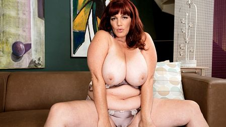 Roxee Robinson - Solo BBW video