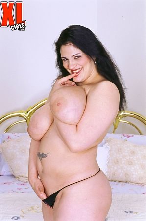 Miranda - Solo Big Tits photos