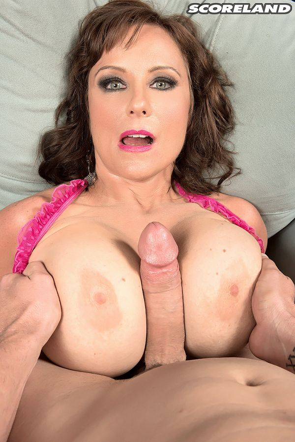 Shelby Gibson - XXX Big Tits photos
