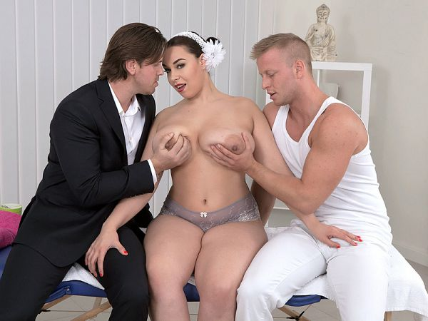 Anastasia Lux - XXX Big Tits video