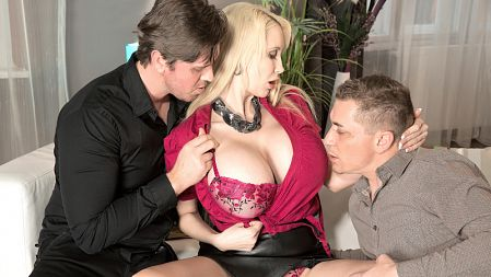 Sandra Star - XXX Big Tits video