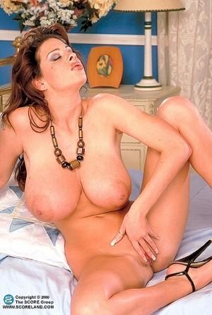 Linsey Dawn McKenzie -  Big Tits photos thumb