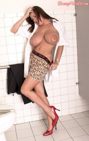 Linsey Dawn McKenzie Linsey In The Score Men's Room