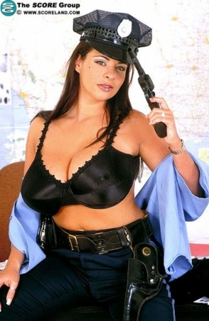 Linsey Dawn McKenzie May 2002 Voluptuous