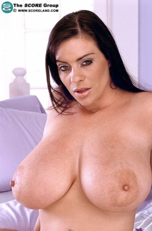 Linsey Dawn McKenzie Score November 2004