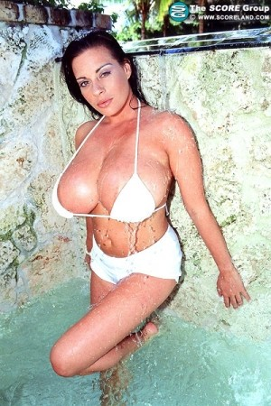 Linsey Dawn McKenzie July 2005 Score