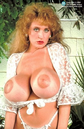 Lisa Chest -  Big Tits photos