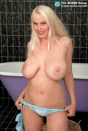 Regine - Solo Big Tits photos