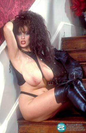 Lisa Phillips -  Big Tits photos